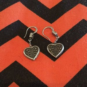 Cute Vintage Lois Hill heart earrings